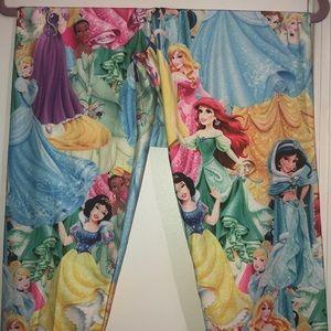 New without tag Disney Princess Leggings XL